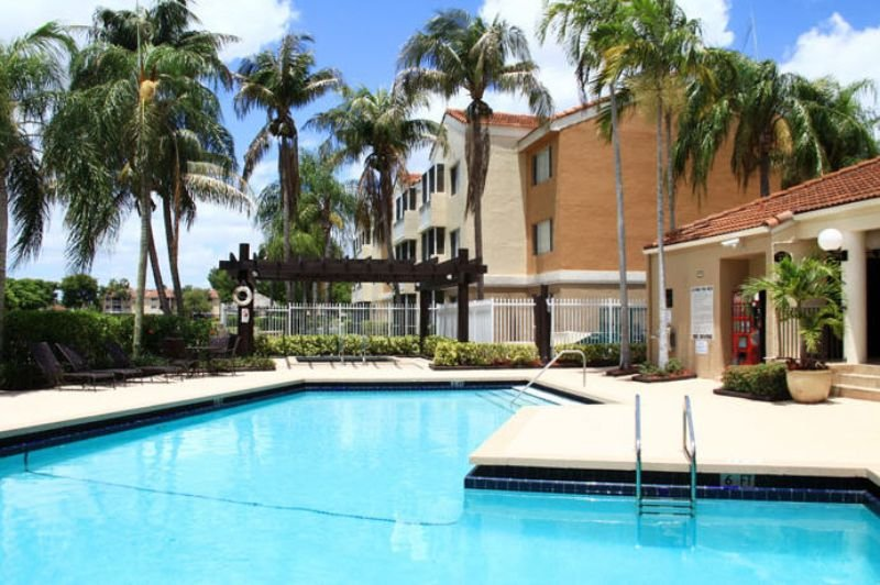 Apartment for rent in 6200 nw 173rd street hialeah fl - 1 bedroom apartments for rent in miami lakes ...